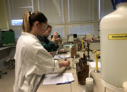 Krajská kola soutěže Mladý chemik proběhla on-line
